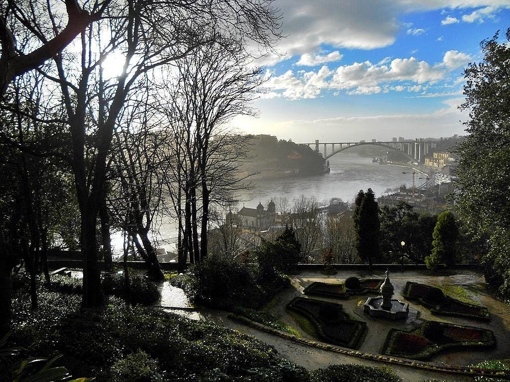 - Jardins do Palácio de Cristal