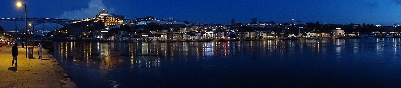- Porto by night